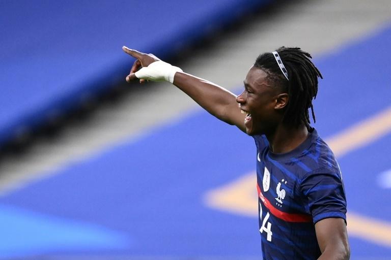 Moukoko Borussia estreno