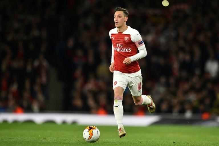 Arsenal : Wenger défend Ozil après ses déclarations polémiques sur la Chine