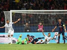 Saint-Étienne - PSG : onzes iniciais confirmados. AFP