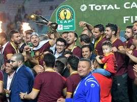 Tunis fête l'Espérance jusqu'au bout de la nuit malgré les controverses. AFP