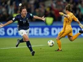 L'Argentine Florencia Bonsegundo marque sur penalty. AFP