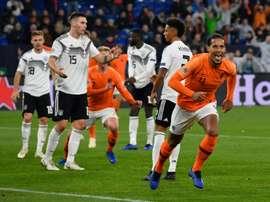 Van Dijk dio la última puñalada a una Alemania herida de muerte. AFP
