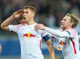 Le défenseur Willi Orban ouvre le score pour Leipzig face au FC Porto en Ligue des champions. AFP