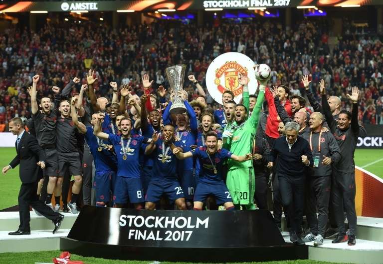 Foot: Manchester United reste le club le plus riche