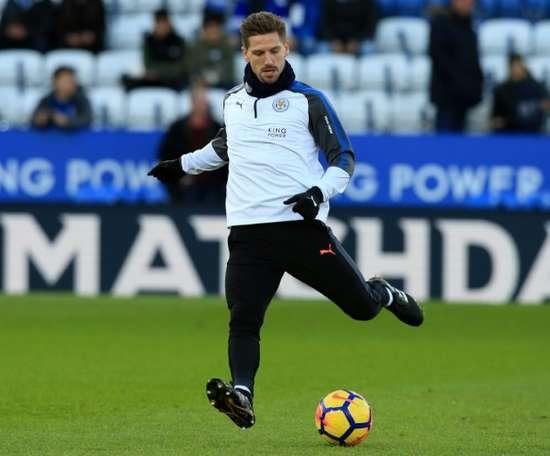 O Leicester recebeu e venceu o Huddersfield por 3-0. AFP