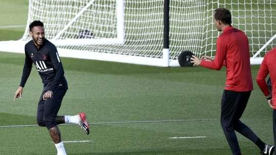 Ligue 1: Paris récupère Neymar, Marseille vise la passe de trois. AFP