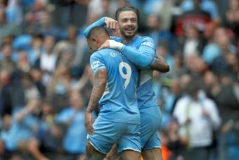 Guardiola puts the lock on Gabriel Jesus. AFP