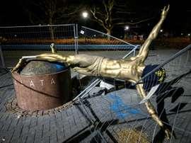 La statue de Zlatan Ibrahimovic pourrait être bientôt déplacée. AFP