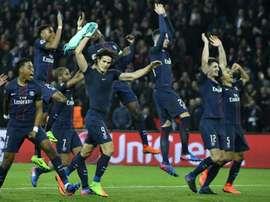 La goleada del PSG al Barcelona es el resultado sorprendente del día. AFP