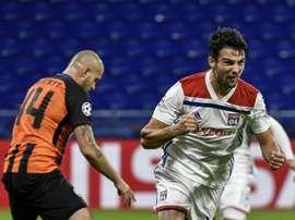 El Lyon logró empatar en el tramo final al Shakhtar. AFP