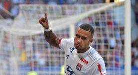 Depay mérite-t-il un 'plus grand club' que Lyon ? GOAL