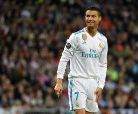Cristiano Ronaldo enfrenta Paulo Oliveira. AFP