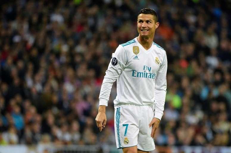 los angeles d5db7 ace37 Ronaldo holds 'secret talks' with PSG - BeSoccer