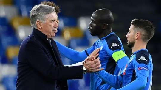 Ancelotti diz que não vai pedir para sair do Napoli. AFP