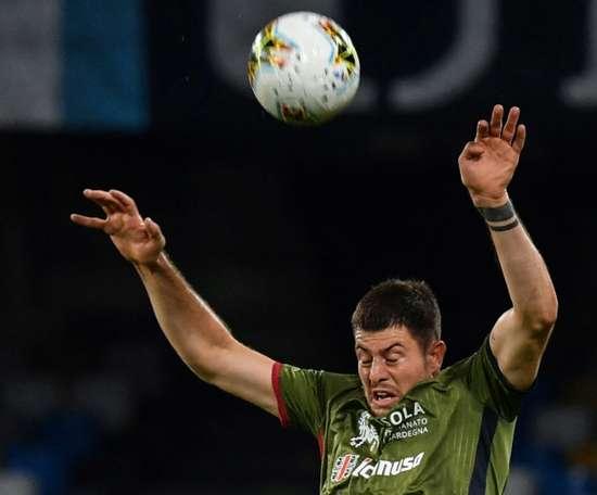 Cagliari chute et voit le Top 4 s'éloigner. AFP