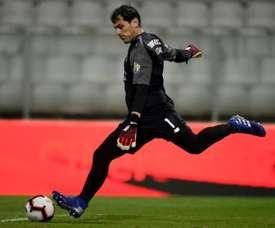 Casillas e Óliver escolheram os seus estádios preferidos. AFP