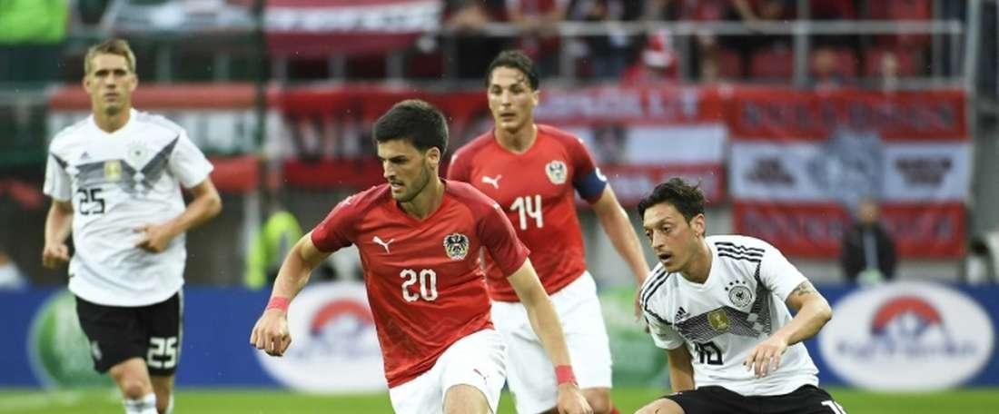 Özil marcou o gol da Alemanha logo aos 10 minutos. AFP