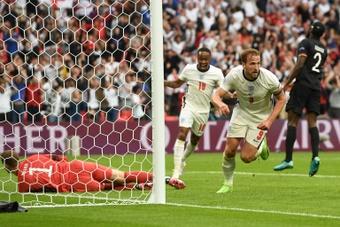 Kane estreia-se a marcar no Euro. EFE