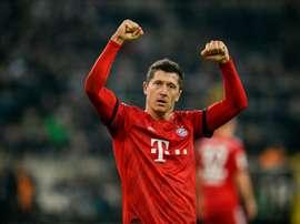 Lewandowski: os seus dois ídolos e o central mais difícil que enfrentou. AFP