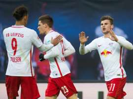 RB Leipzig foi a Gelsenkirchen empatar com o Schalke 04. AFP
