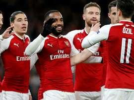 Arsenal vence CSKA. AFP