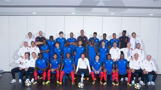 L'équipe de France Espoirs dirigée par Sylvain Ripoll, à Clairefontaine. AFP