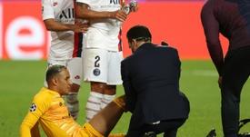 Keylor Navas lesão contra a Atalanta e perdeu o jogo contra o RB Leipzig. AFP