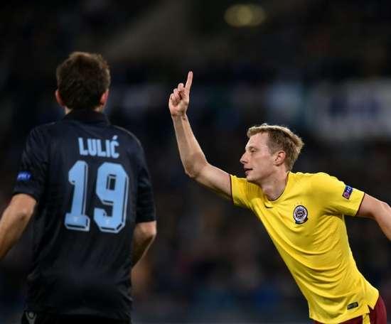 El extremo izquierdo checo del Bologna llegó al equipo italiano procedente del Sparta de Praga. AFP