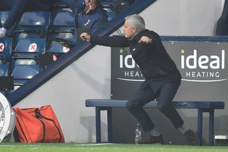 Mourinho recibe elogios. AFP