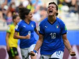 Un triplé de Girelli envoie l'Italie en 8es de finale. AFP
