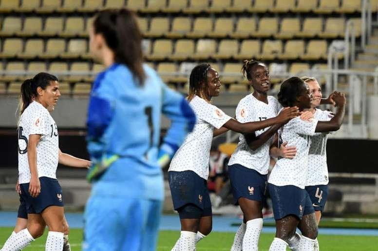 Sans sélectionneuse ni capitaine, la France reprend la route de l'Euro. afp