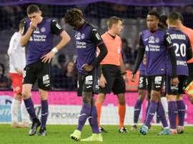 Des joueurs sèchent une séance vidéo. AFP