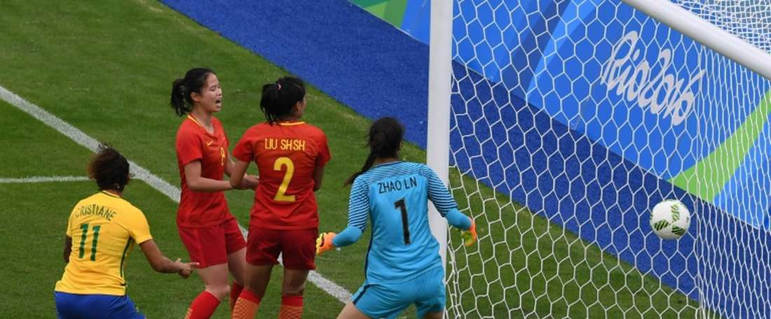 Le premier but du Brésil face à La Chine dans le tournoi olympique au stade Enghenao de Rio, le 3 août 2016