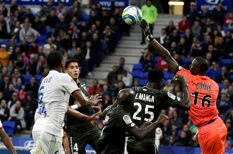 El Lyon no sale del barro y el Lille confirma sus dudas. AFP