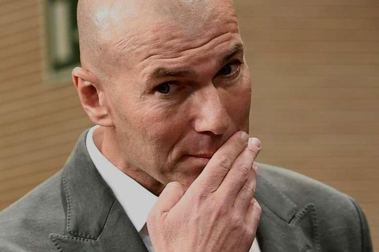 Le Français Zinédine Zidane, de nouveau entraîneur du Real Madrid, en conférence de presse. AFP