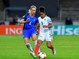 La milieu de terrain Amandine Henry lors du match contre l'Angleterre aux Pays-Bas. AFP