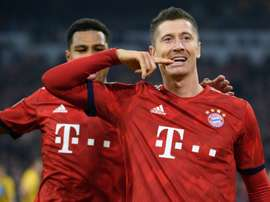 L'attaquant polonais du Bayern Munich Robert Lewandowski célèbre son but. AFP
