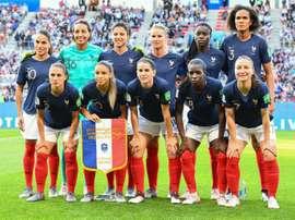 Les Bleues avant le match de phase de groupes du Mondial face au Nigéria. AFP