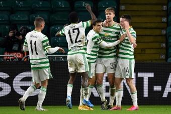 Jack Hendry podría abandonar el Celtic de forma definitiva. AFP