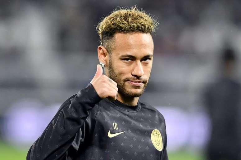 Neymar podría marcharse en el mercado invernal. AFP