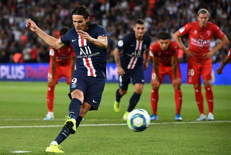 Cavani pourrait disputer le match face au Real. AFP
