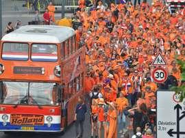 Les supporters néerlandais à Rennes. AFP
