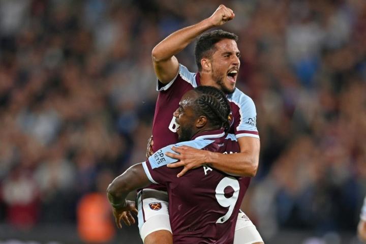 Michail Antonio stars as West Ham crush 10-man Leicester. AFP