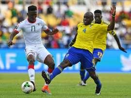 Zongo se lesionó en la Copa África. AFP