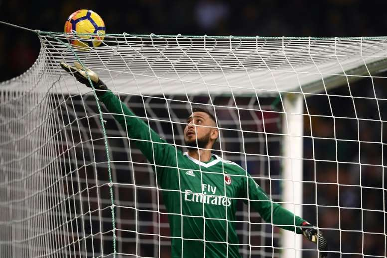 Donnarumma es libre de negociar con otro club, pero parece que no lo hará. AFP/Archivo