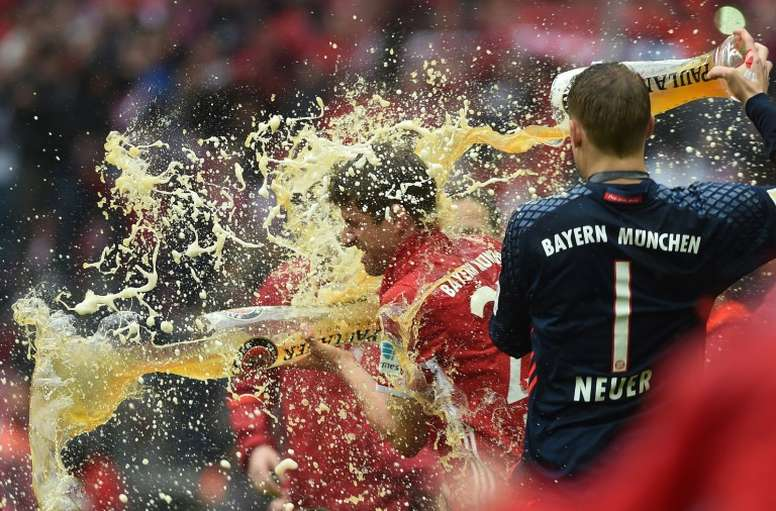 Müller habló sobre cómo defender a Messi. AFP