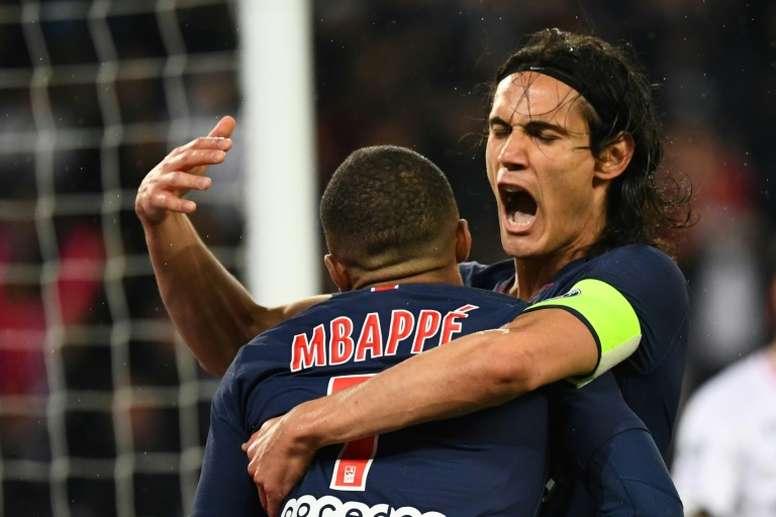 Cavani está dispuesto a pederse todas las convocatorias con tal de irse al Atlético. AFP