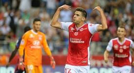 Gol y tres puntos en casa. AFP