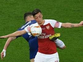 Fàbregas enviou um recado a Özil. AFP