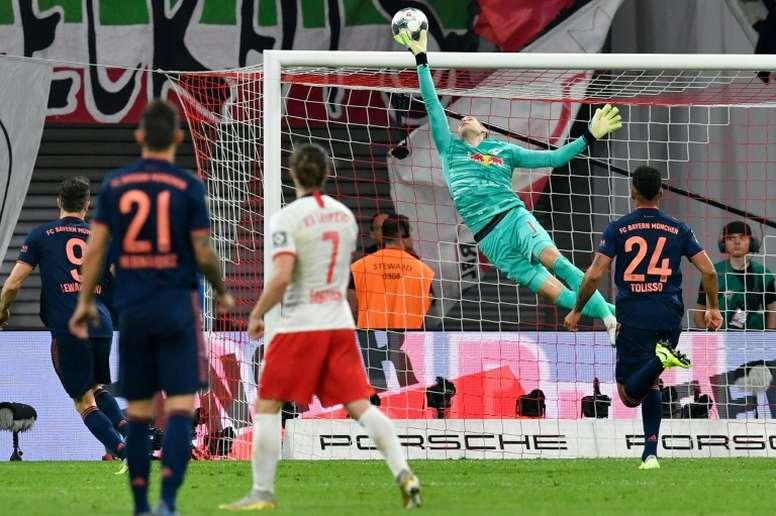 El Bayern pinchó en su camino al liderato. AFP